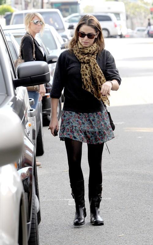 Nikki Shopping in LA - November 24, 2010