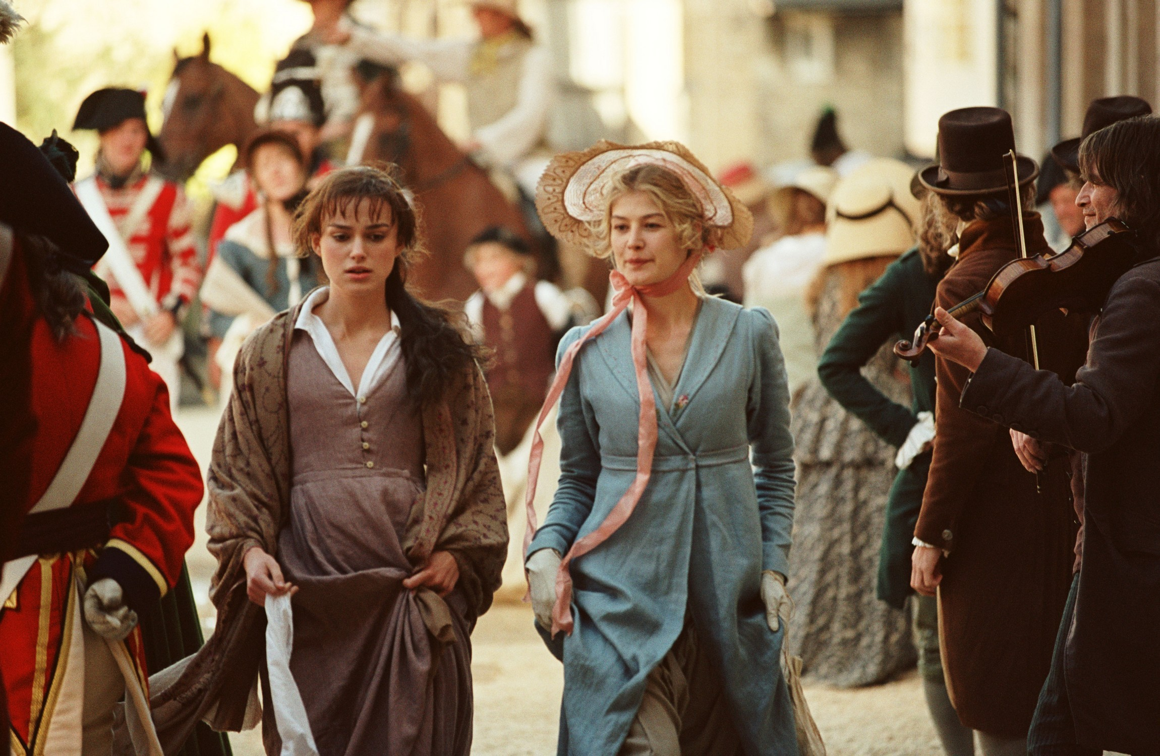 "fashion movies movie fashion keira knightley and rosamund pike  keira knightley and rosamund pike in ""pride and prejudice"""