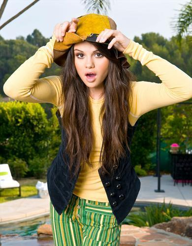 Selena litrato