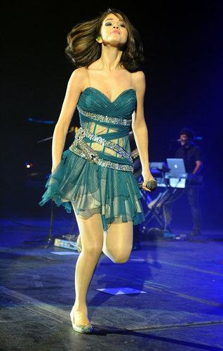 Selena चित्र