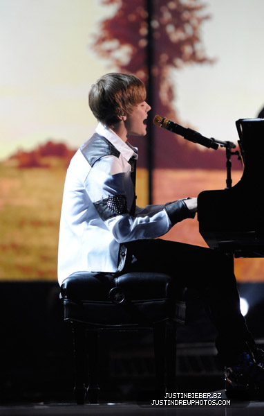 Sexy Bieber - justin-bieber photo
