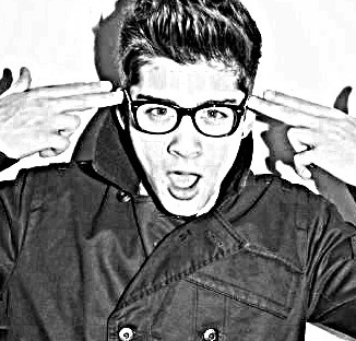 Sizzling Hot Zayn Photoshoot (He Owns My hart-, hart & Always Will) Loving The Geeky Glasses Zayn :) x