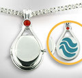 rikki's locket - h2o-just-add-water photo