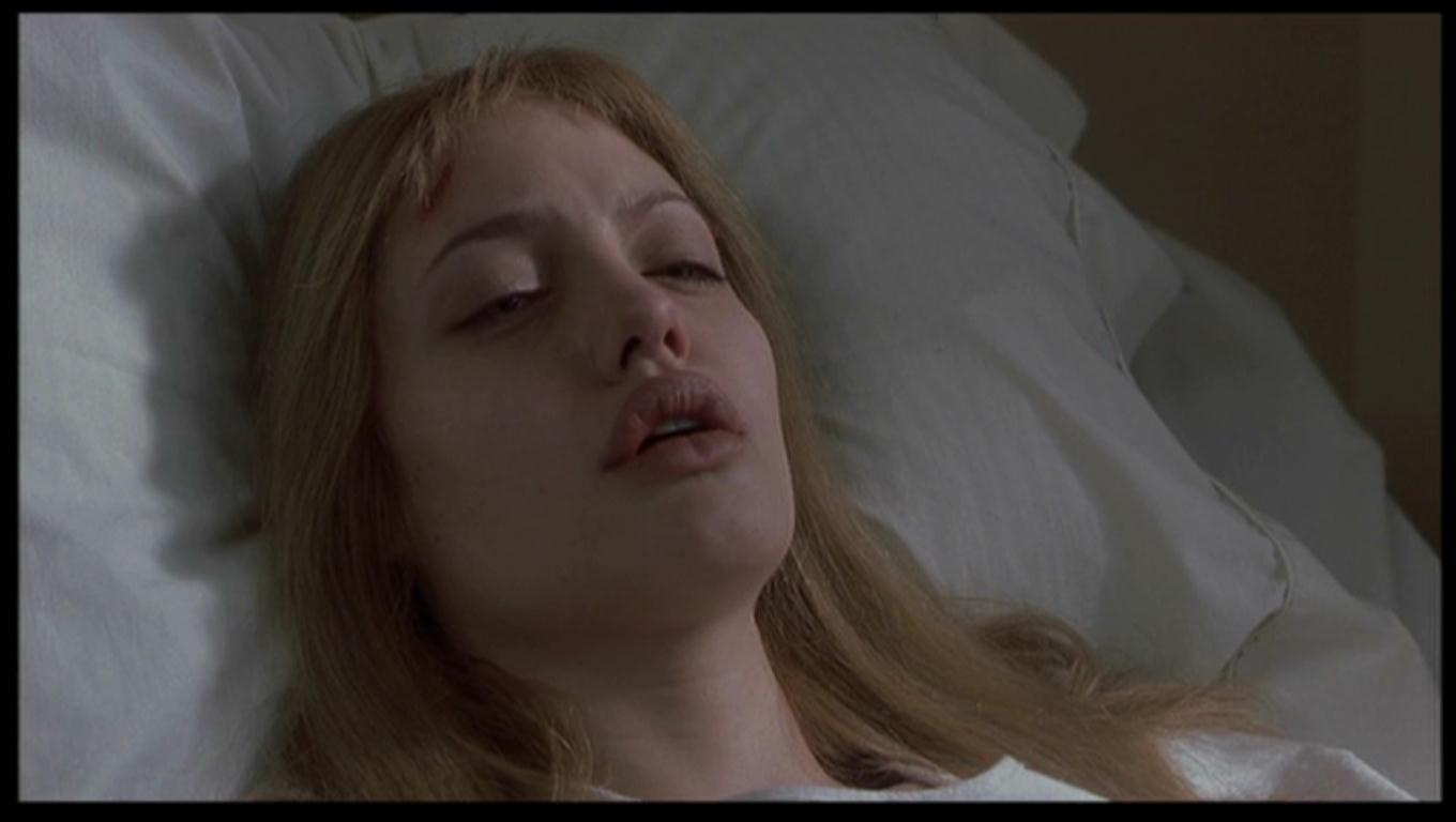 critical movie review psychology girl interrupted The review of this movie prepared by bobby blades girl, interrupted is a film based on the book by susanna kaysen, set in.
