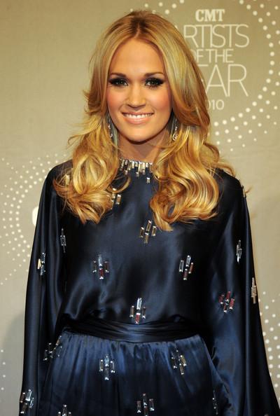 Carrie underwood short haircut