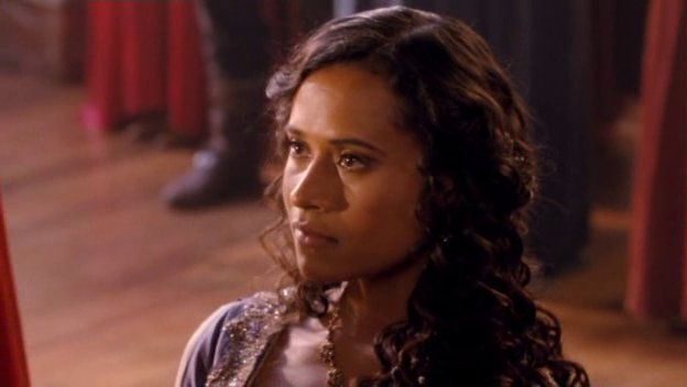 Bradley James Girlfriend Angel Coulby 3.10- Queen of Hearts ...