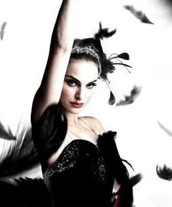 Natalie Portman wallpaper with a portrait called Black Swan