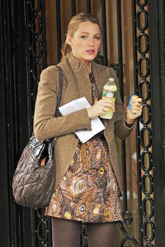 "Blake on the Set of ""Gossip Girl"""