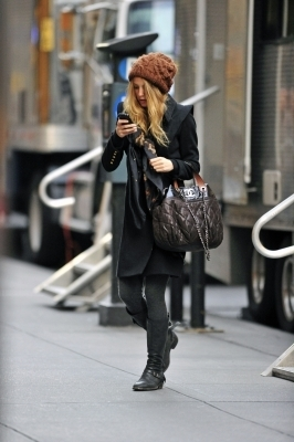 "Blake Lively wallpaper with a business suit and a street called Blake on the set of ""Gossip Girl"""
