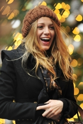 "Blake on the set of ""Gossip Girl"""