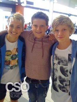 Cody with his vrienden