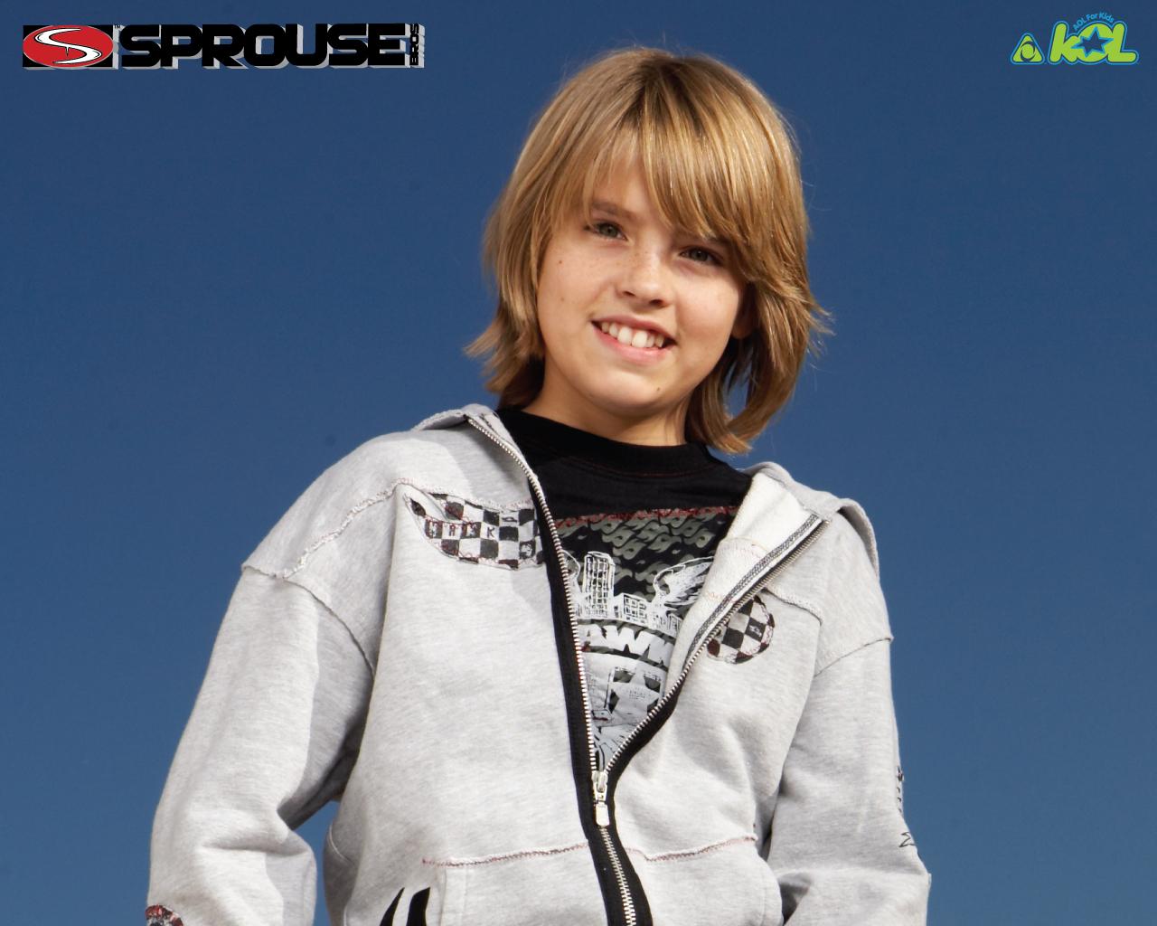 http://images4.fanpop.com/image/photos/17300000/Cole-cole-sprouse-17370109-1280-1024.jpg