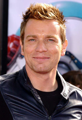 Ewan McGregor kertas dinding called Ewan McGregor at The Island Premiare