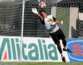 G. Buffon playing for Juventus - gianluigi-buffon photo