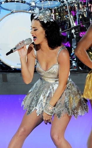 Katy Perry's Grammy Nominations concert Rehearsal