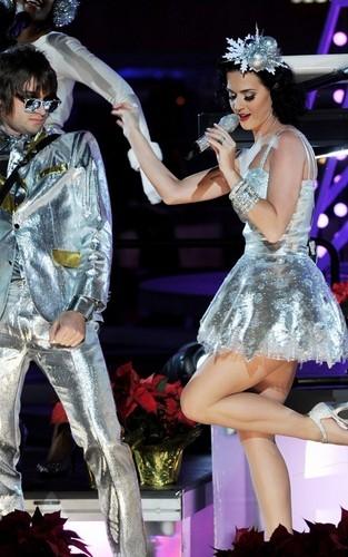 Katy Perry's Grammy Nominations संगीत कार्यक्रम Rehearsal