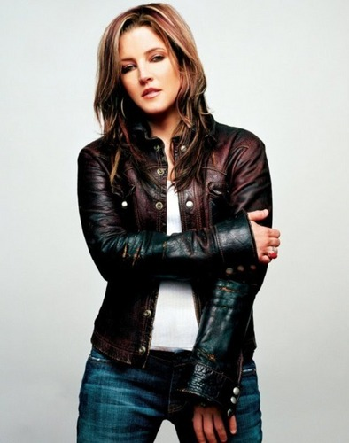 lisa marie presley wallpaper containing a hip boot called Lisa
