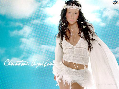 Lovely Christina wolpeyper