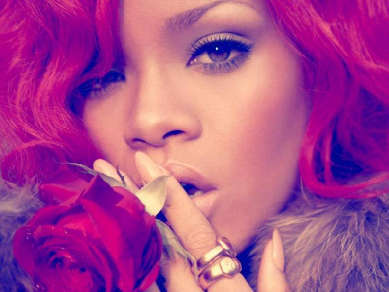 rihanna hot wallpaper. 2010 rihanna hot wallpaper