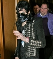 MJ In mask!!!!! - michael-jackson photo