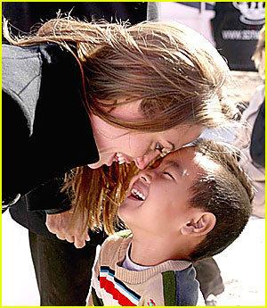 Maddox Jolie-Pitt fondo de pantalla titled Maddox