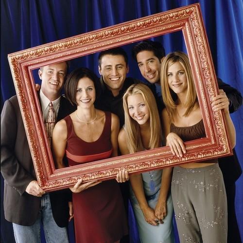 Matthew Perry, Matt LeBlanc, David Schwimmer, Courteney Cox, Lisa Kudrow, and Jennifer Aniston (HQ)
