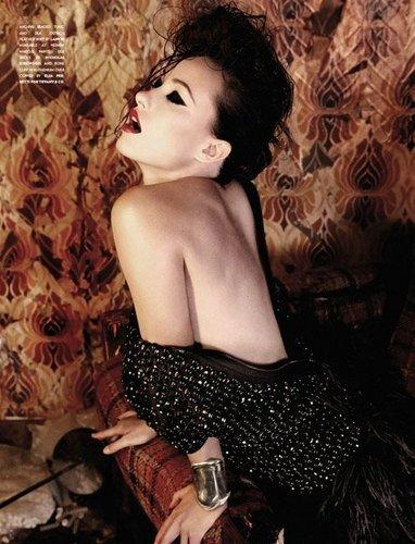 Olivia Wilde- Flaunt - issue 112