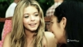 Sasha in PLL. Beach scene. - sasha-pieterse screencap