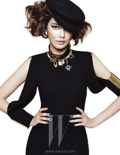 Sooyoung/Neo Military Girl - W Korea Dec 10