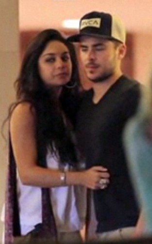 Zanessa in Hawaii