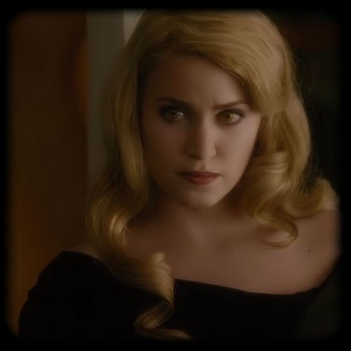 Rosalie Hale fond d'écran containing a portrait entitled rosalie hale