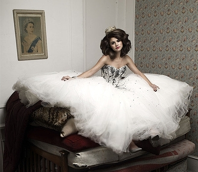 Selena Gomez wallpaper with a bridal gown and a gown called sel