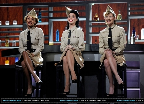 """VH1 Divas Salute the Troops"" presented oleh the USO"