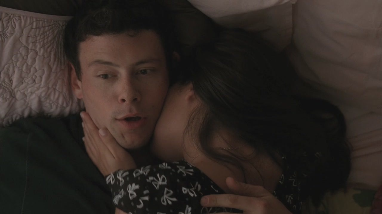 Do rachel and finn hookup in real life