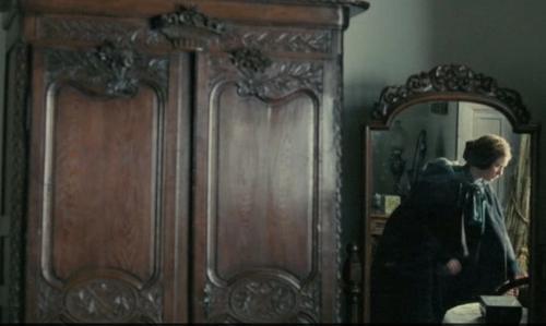 2011 trailer screencap2