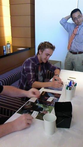 Autograph Session in Gifu and Osaka