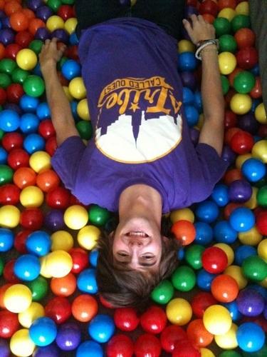 Davedays in a ballpit!