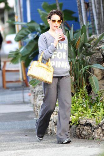 Evangeline Lilly 03.12.2010
