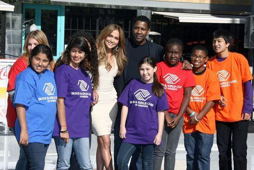 Jennifer @ Boys And Girls 俱乐部 Of America Announcement