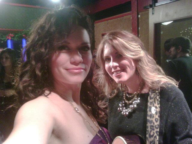 Slike Bethany-Haley - Page 2 Joy-and-Amber-Twitter-Pic-bethany-joy-galeotti-17425847-640-480