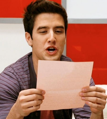 Logan - reading