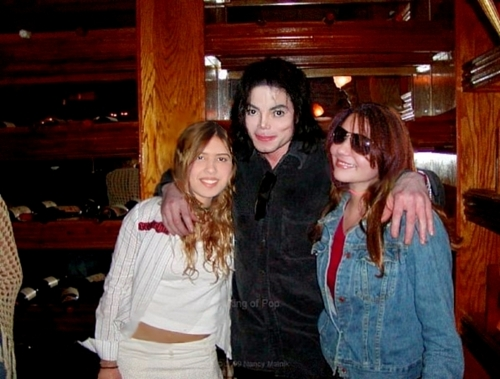 Michael Jackson and fans