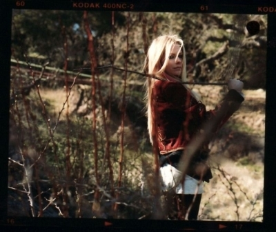 Avril Lavigne karatasi la kupamba ukuta entitled Matt Jones Photoshoot (Jane)