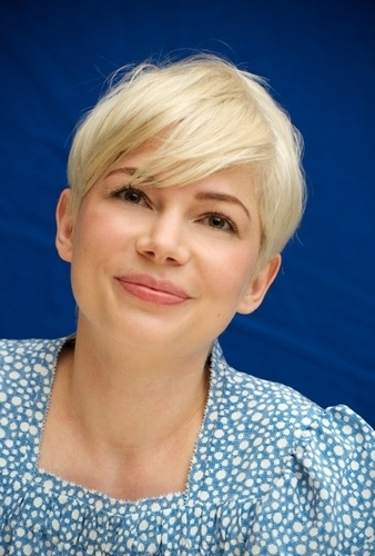 "Michelle Williams - ""Blue Valentine"" Press Conference (2.12.2010)"