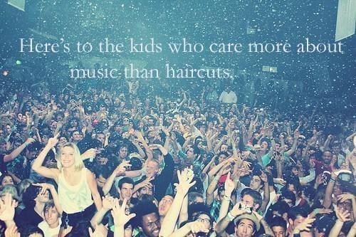 âm nhạc > Haircuts