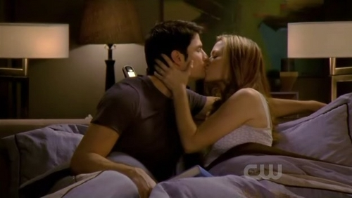 Naley wallpaper possibly with a family room, a drawing room, and a living room called Naley season 8!