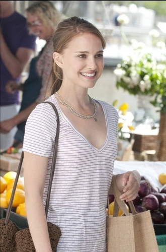 """Natalie in """"No Strings Attached"""" still"""
