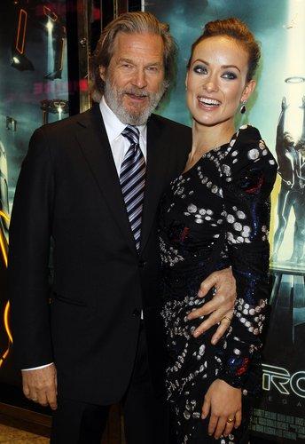 Olivia Wilde & Jeff Bridges @ the London Premiere of 'Tron: Legacy' (HQ)