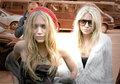 Olsen Twins - mary-kate-and-ashley-olsen fan art