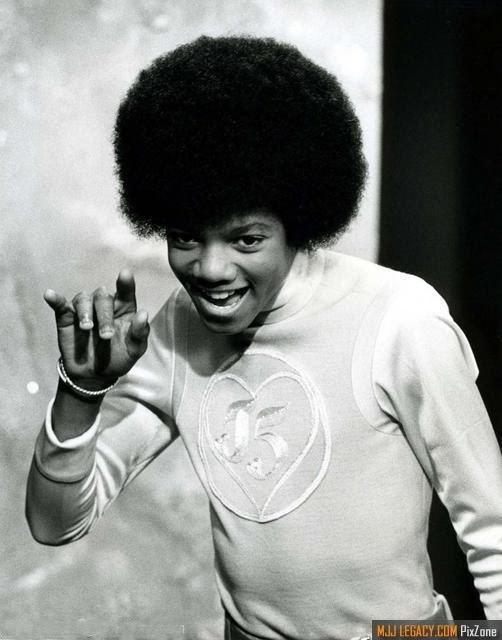 बिना सोचे समझे Michael Pictures